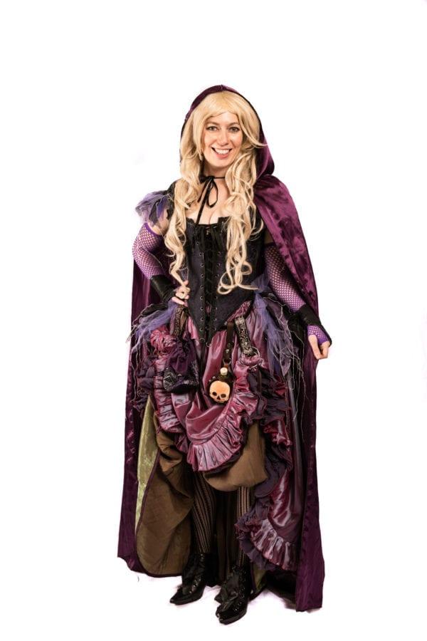 Sarah Sanderson from Hocus Pocus, Witch